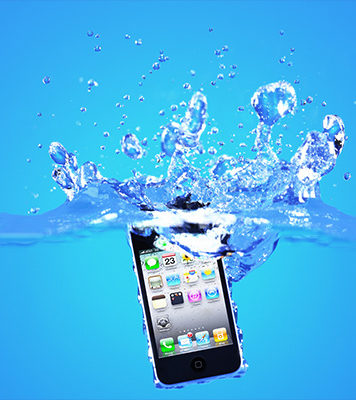 What You Should Do If You Drop Your Smartphone in Water